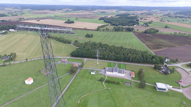 Världsarvet Grimeton radiostation sett från ovan.